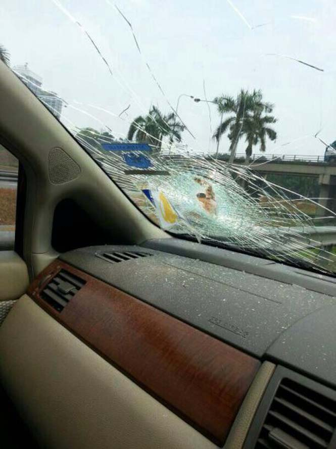 Απίστευτο ατύχημα στον δρόμο: Αυτό θα πει να είσαι τυχερός στην ατυχία σου (1)