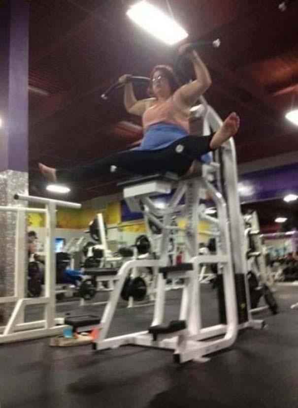Άνθρωποι που δεν έχουν ιδέα τι κάνουν στο γυμναστήριο (17)