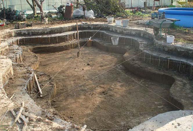 Εντυπωσιακή αυτοσχέδια πισίνα στην αυλή (6)