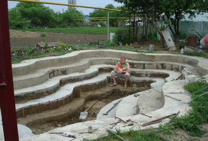 Εντυπωσιακή αυτοσχέδια πισίνα στην αυλή (11)