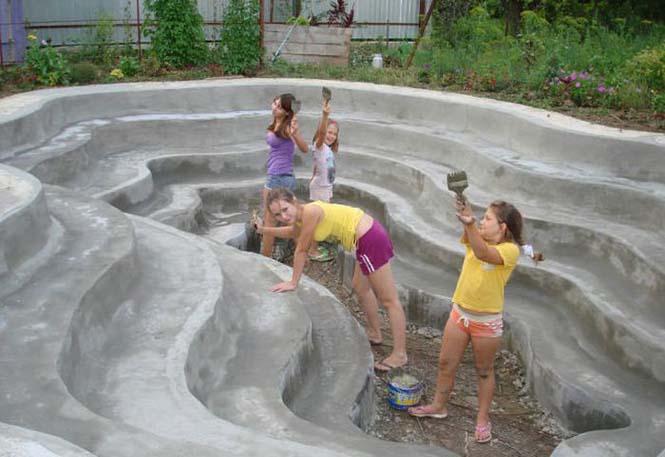 Εντυπωσιακή αυτοσχέδια πισίνα στην αυλή (13)