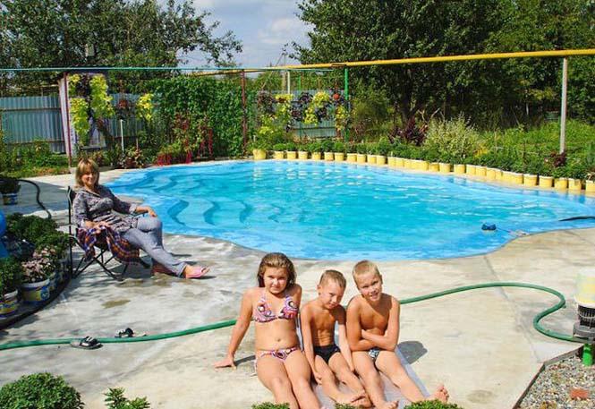 Εντυπωσιακή αυτοσχέδια πισίνα στην αυλή (17)