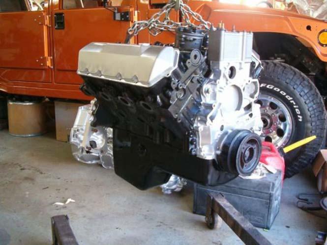 Ένα παλιό φορτηγάκι Ford F-150 μετατράπηκε σε εντυπωσιακό Hummer (13)