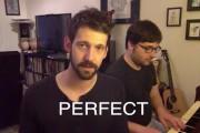 Κάνει 29 μιμήσεις διασήμων τραγουδώντας ένα τραγούδι