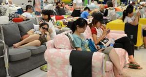 Ο περίεργος λόγος που πολλοί άνθρωποι επισκέπτονται τα IKEA στην Κίνα
