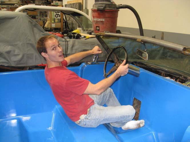 Μετατρέποντας μια Cadillac σε... κινούμενη πισίνα (9)