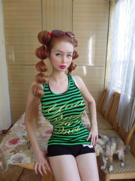 Μια νέα «ζωντανή κούκλα» από την Ρωσία (4)