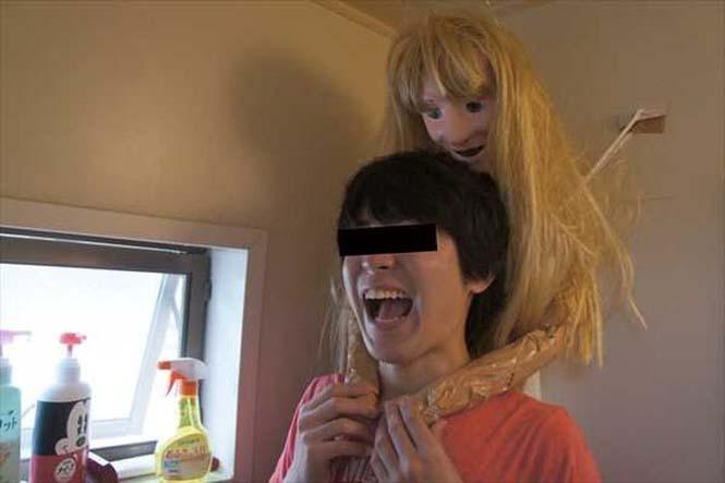 Ντροπαλός Ασιάτης ήθελε να κάνει μπάνιο με μια κοπέλα κι έτσι κατέφυγε σε μια περίεργη λύση (13)
