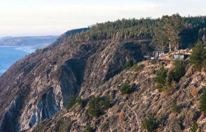 Ονειρεμένο σπίτι συνδυάζει βουνό και θέα στη θάλασσα (7)