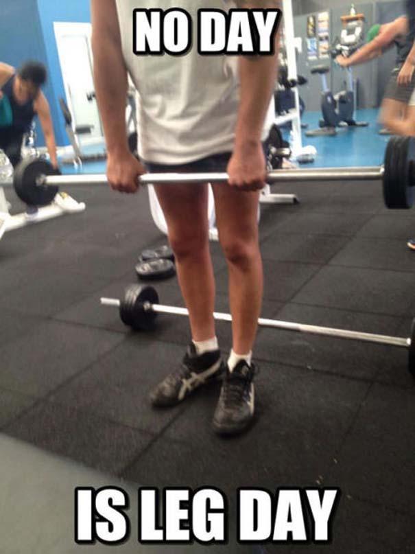 Αυτά παθαίνεις όταν ξεχνάς την... Leg Day (3)