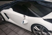 Παρκαδόρος ξενοδοχείου κατέστρεψε μια Lamborghini (1)