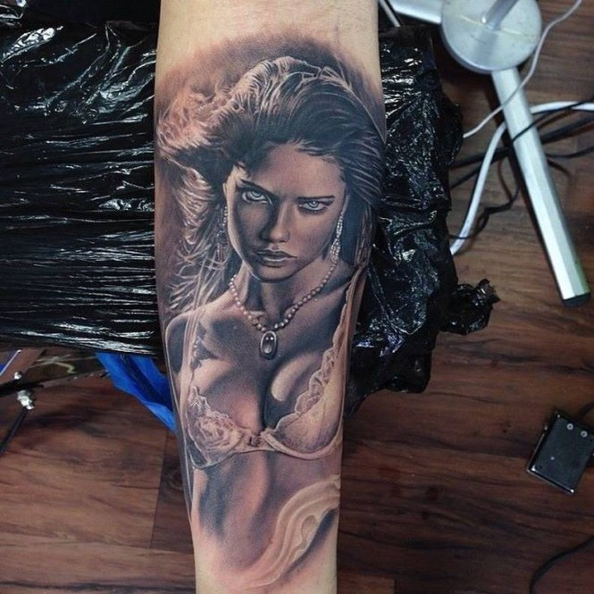 Τατουάζ που καθηλώνει   Φωτογραφία της ημέρας