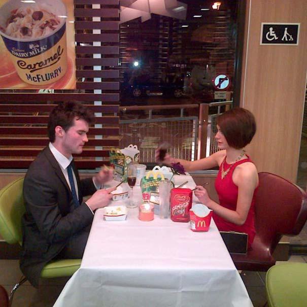 Πράγματα που δεν περιμένεις να δεις σε ένα Fast Food (18)
