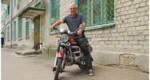 Πως να παρκάρεις την μοτοσυκλέτα σου στο μπαλκόνι