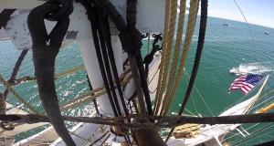 Σκαρφαλώνοντας στο κεντρικό κατάρτι ενός ιστιοφόρου πλοίου του 19ου αιώνα (Video)