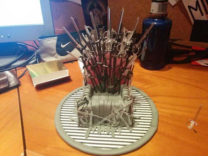 Δείτε τι θήκη έφτιαξε για το κινητό της μια λάτρης του Game of Thrones (8)