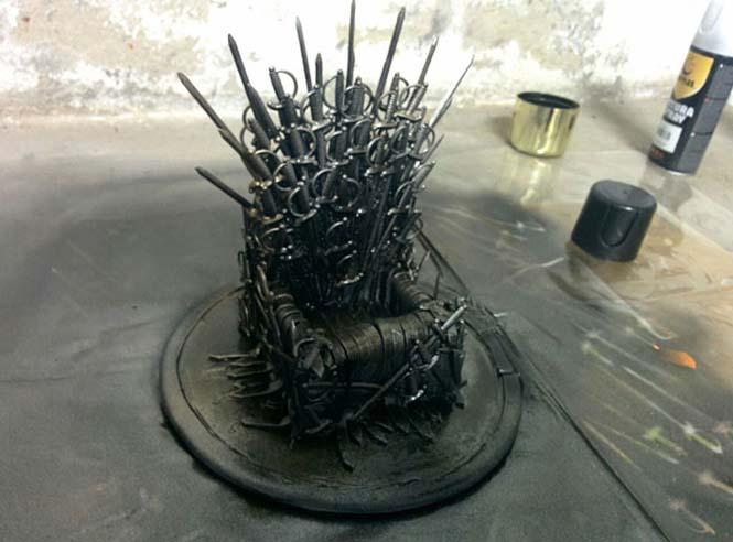 Δείτε τι θήκη έφτιαξε για το κινητό της μια λάτρης του Game of Thrones (10)