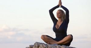 Της Yoga τα… ευτράπελα! (Video)