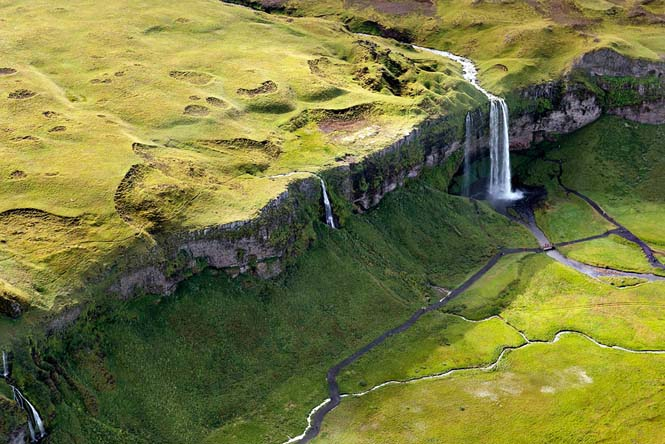 Εκπληκτικές εναέριες φωτογραφίες της Ισλανδίας (1)