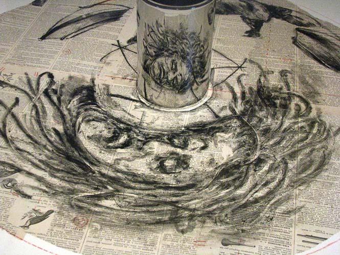 Έργα τέχνης που είναι ορατά μόνο με τη βοήθεια ενός κυλινδρικού καθρέπτη (12)