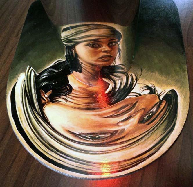 Έργα τέχνης που είναι ορατά μόνο με τη βοήθεια ενός κυλινδρικού καθρέπτη (16)