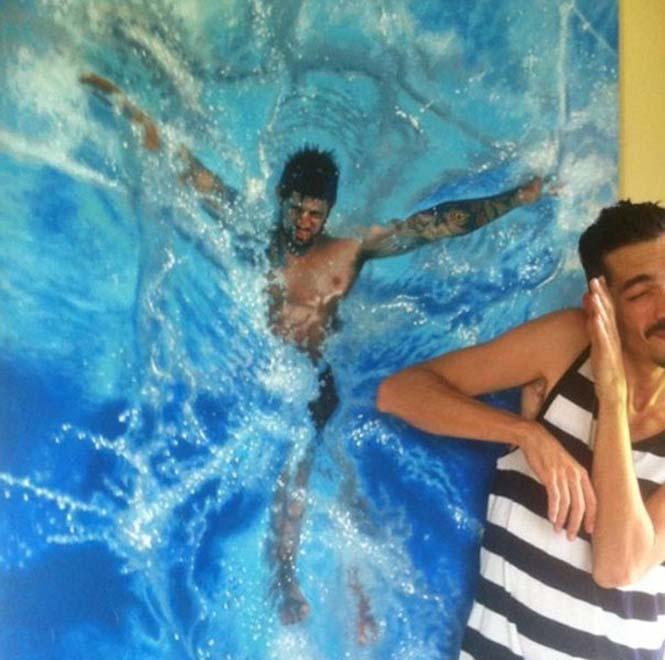 Κολυμβητές σε υπερρεαλιστικούς πίνακες ζωγραφικής (5)