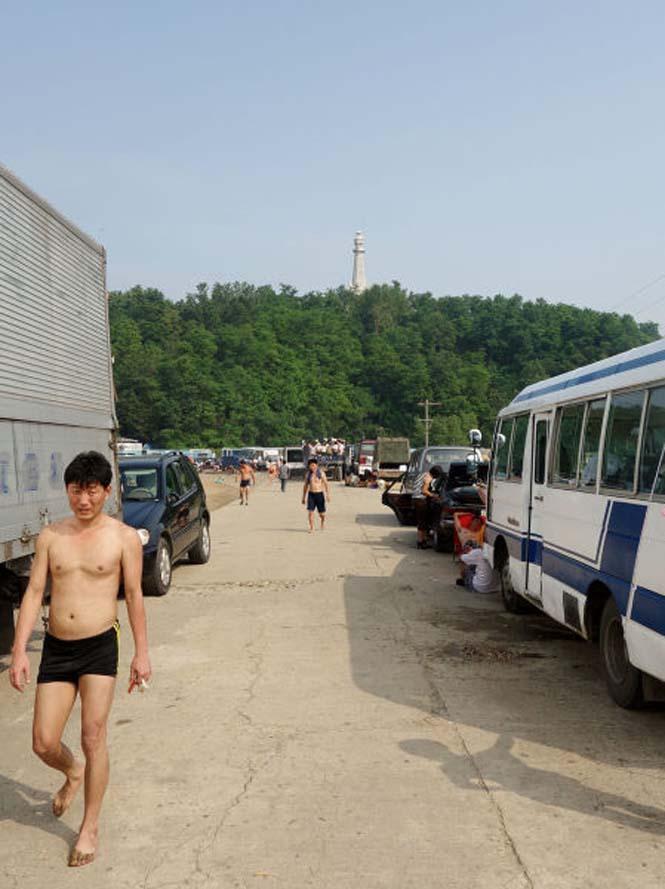 Μια μέρα σε παραλία της Βόρειας Κορέας (6)