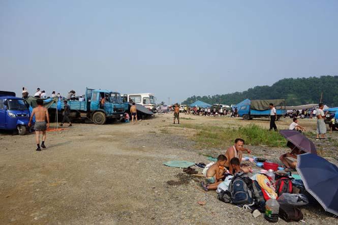 Μια μέρα σε παραλία της Βόρειας Κορέας (10)