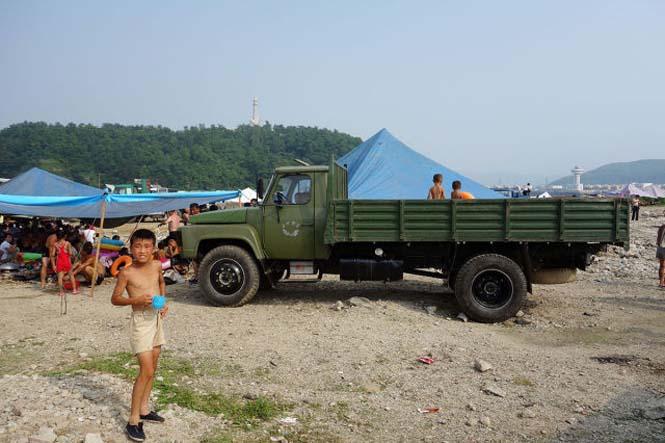 Μια μέρα σε παραλία της Βόρειας Κορέας (11)