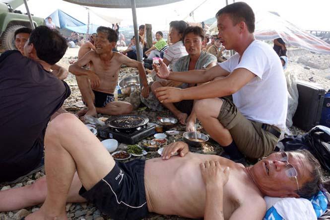 Μια μέρα σε παραλία της Βόρειας Κορέας (17)