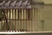 Μηχανήματα και διαδικασίες παραγωγής που καθηλώνουν