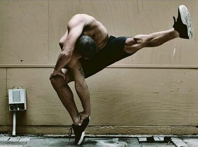 Ο άνθρωπος με τα «λαστιχένια» πόδια (16)