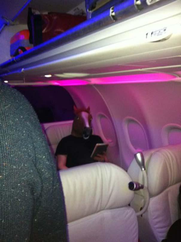 Τα πιο περίεργα που μπορεί να συναντήσεις σε ένα αεροπλάνο (23)