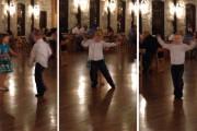 Αγοράκι κλέβει την παράσταση χορεύοντας σε γαμήλια δεξίωση