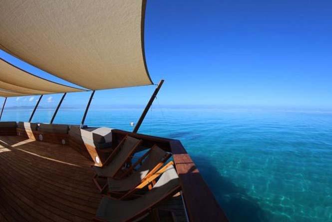 Εκπληκτικό πλωτό μπαρ στις ακτές των νησιών Φίτζι (15)