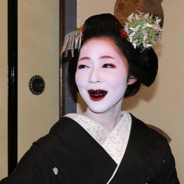 Εν τω μεταξύ, στην Ιαπωνία... (16)