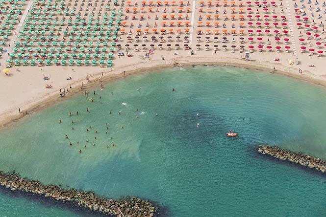 Εναέρια φωτογράφηση παραλίας από τον Bernhard Lang (7)