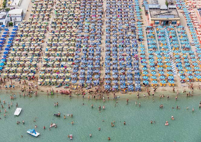 Εναέρια φωτογράφηση παραλίας από τον Bernhard Lang (8)