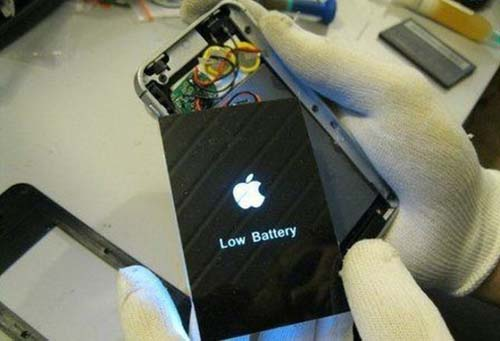 Το εσωτερικό ενός ψεύτικου iPhone (5)