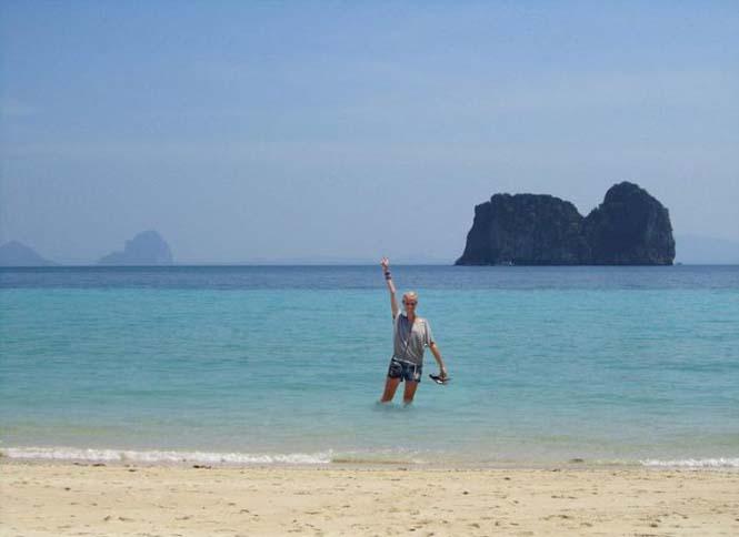 Γυναίκα προσποιήθηκε ολόκληρο ταξίδι διακοπών στην Ασία (1)