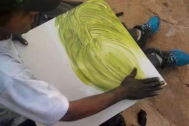 Καλλιτέχνης του δρόμου δημιουργεί κάτι εκπληκτικό σε 9 λεπτά
