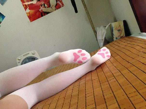 Κάλτσες και καλσόν που ξεφεύγουν εντελώς από τα συνηθισμένα (6)