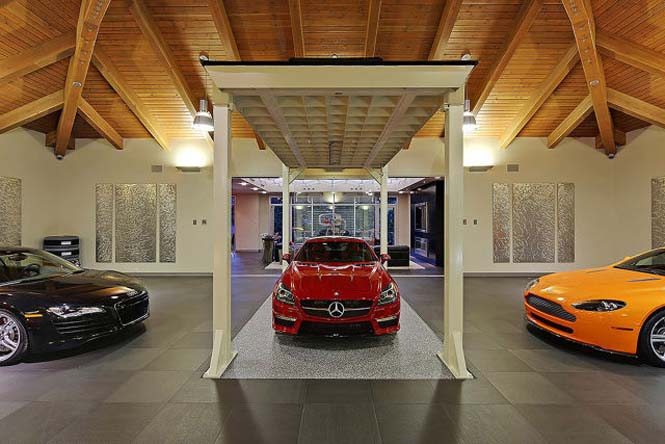 Το σπίτι των ονείρων κάθε λάτρη των αυτοκινήτων (12)