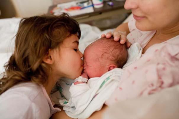 Το θαύμα της γέννησης σε μοναδικές φωτογραφίες (9)