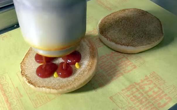 Βήμα βήμα η δημιουργία ενός cheeseburger (11)