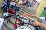 Αγώνας μοτοσυκλέτας σε στενά δρομάκια της Πορτογαλίας