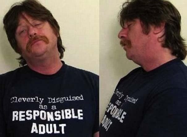Άνθρωποι που συνελήφθησαν με την κατάλληλη μπλούζα για την περίσταση (5)