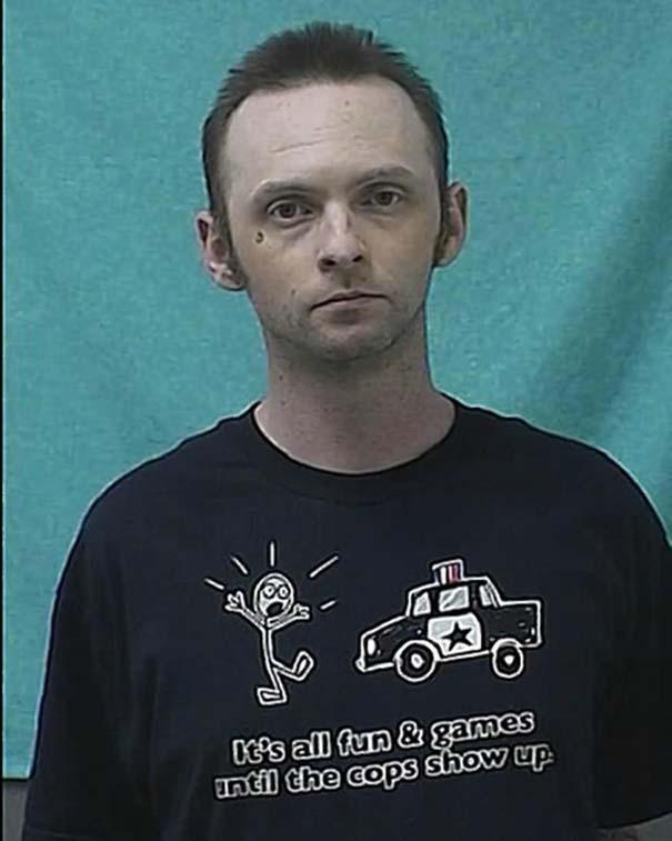 Άνθρωποι που συνελήφθησαν με την κατάλληλη μπλούζα για την περίσταση (8)