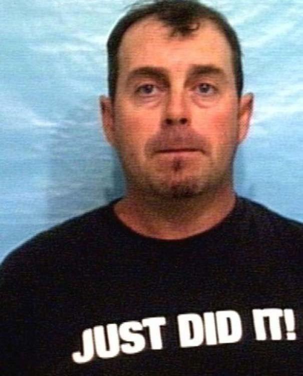 Άνθρωποι που συνελήφθησαν με την κατάλληλη μπλούζα για την περίσταση (11)