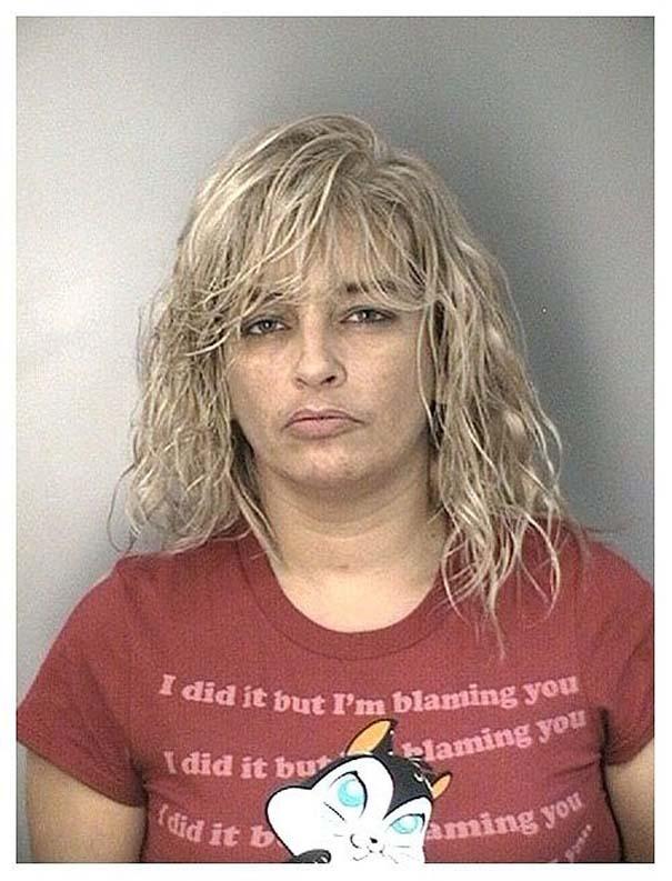 Άνθρωποι που συνελήφθησαν με την κατάλληλη μπλούζα για την περίσταση (12)